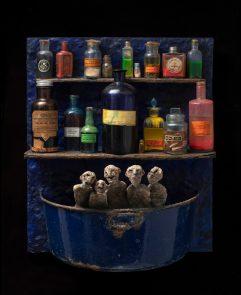 Bas Relief – Elixir bleu